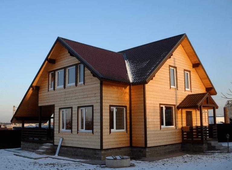 Дома из бруса: плюсы и минусы материала